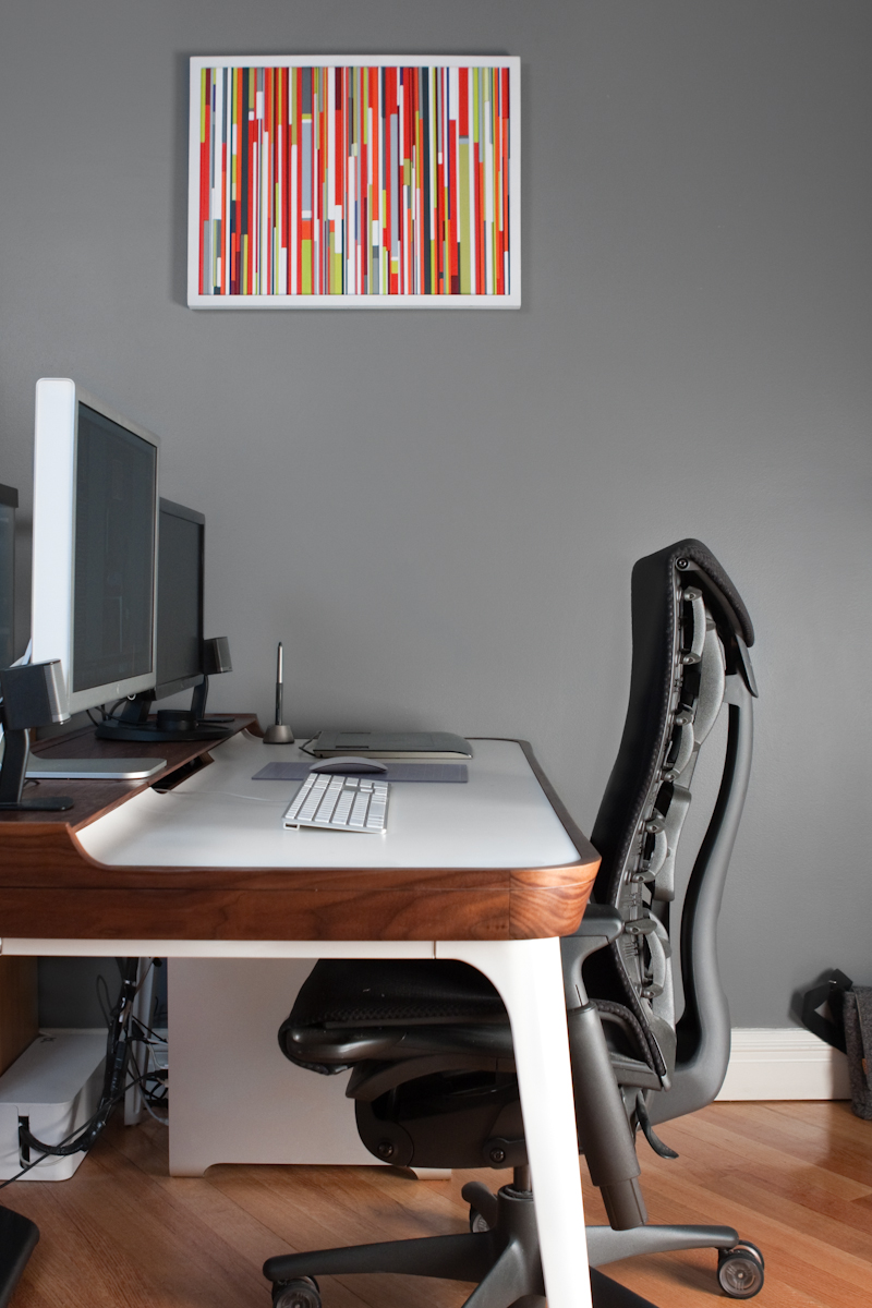 Minimal Functional Desktop Herman Miller Airia Embody Cable Management
